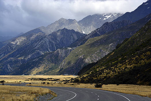 Mt Cook National Park by Terry Everson