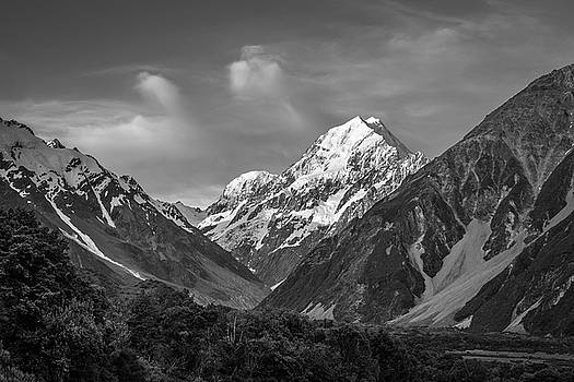 Mt Cook Wilderness by Racheal Christian