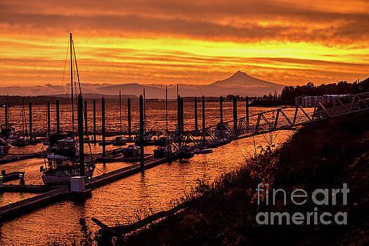 Mt Hood Sunrise - Portland - Oregon by Gary Whitton