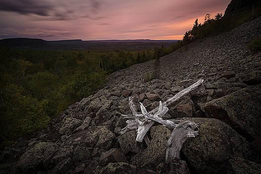 Mt McKay Southern Rock Slide by Jakub Sisak