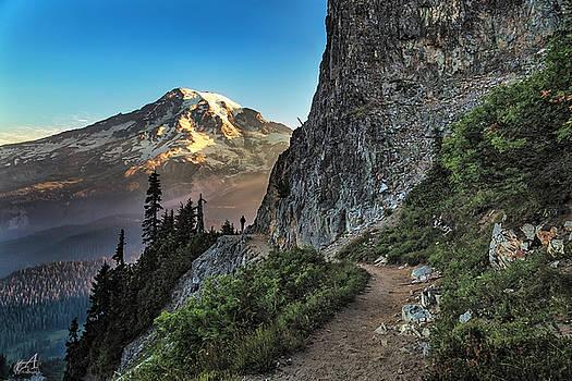 Mt Rainer Sunrise by Thomas Ashcraft