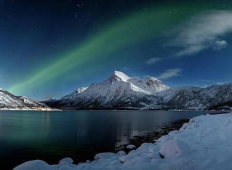 Mt Stortinden by Frank Olsen