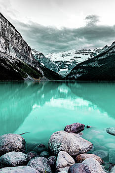 Mt. Victoria and Lake Louise by Joe Ladendorf