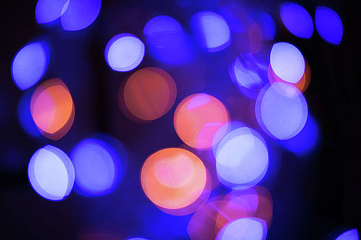 Multicolor defocused bokeh circle background. Close up. Whole ba by Julian Popov