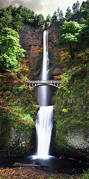 Multnomah Falls by Brent Borup