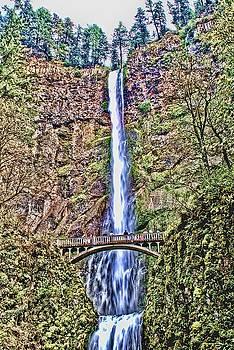 Multnomah Falls by John Winner
