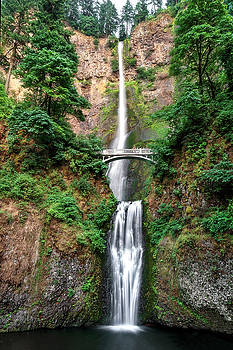 Multnomah Falls by Wes and Dotty Weber