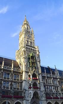 Corinne Rhode - Munich Marienplatz