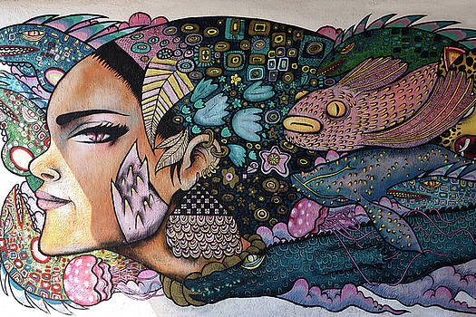 Reimar Gaertner - Mural of a female face with sea creatures at underpass to beach