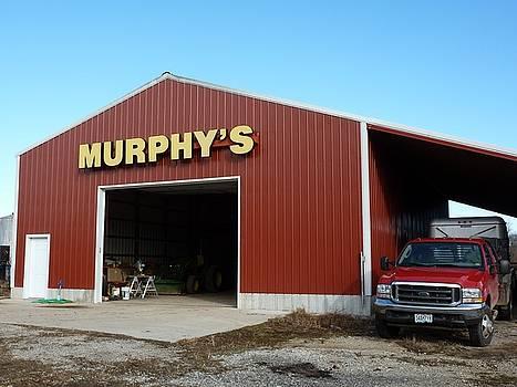 Murphy's by Felix Concepcion