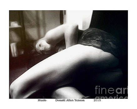 Muslo by Donald Yenson