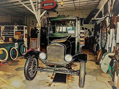 My Garage Too by Randy Sylvia