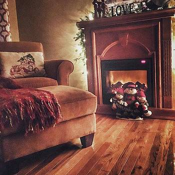 A Warm And Inviting Home at Christmastime by Phunny Phace