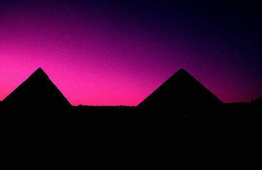 Gary Wonning - The Pyramids at sundown