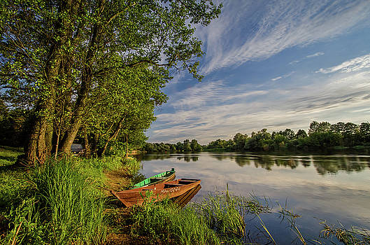 Narew river and boats by Swen Stroop