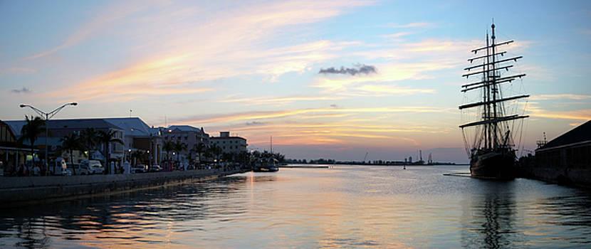 Ramunas Bruzas - Nassau Panorama
