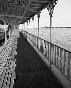 Natchez Promenade by Ray Devlin