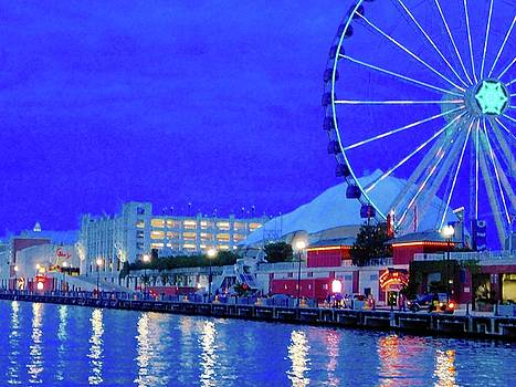 Navy Pier  by Tephra Miriam
