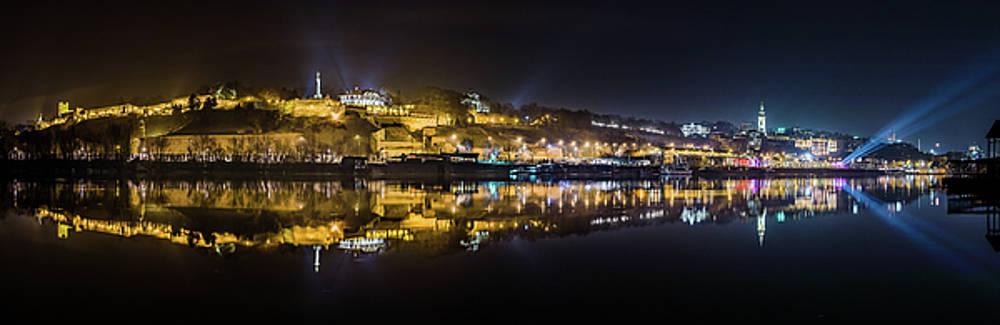 Near-perfect Belgrade night reflection by Dejan Kostic