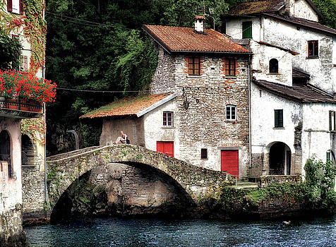 Nesso by Jim Hill