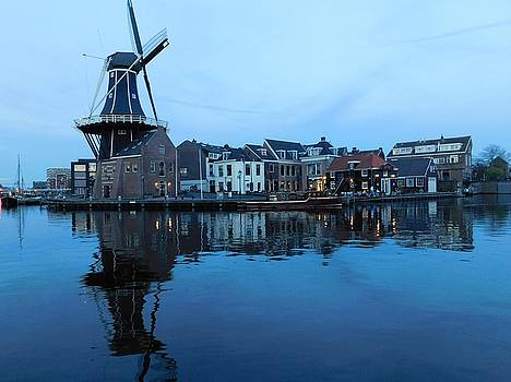 Netherlands by Al Junco