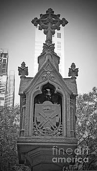 Jost Houk - New Amsterdam Cross