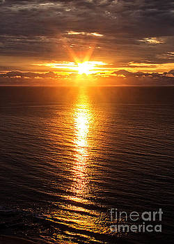 Bob Hislop - New Day Dawning