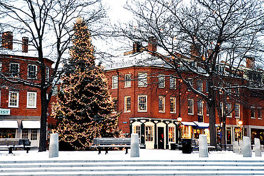 New England Christmas - 2 by Lee Yeomans