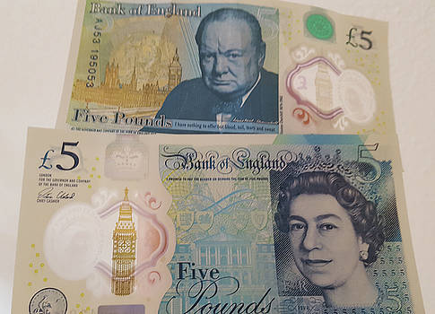 New Five Pound Notes by Travel Pics