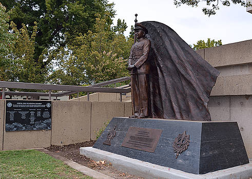 New General Vang Monument In Autumn 2015 by James Warren