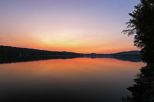 Juergen Roth - New Hampshire Back Lake Sunset