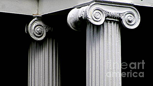 New Orleans Corinthian Column Abstract In Louisiana by Michael Hoard