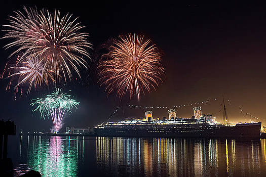 Denise Dube - New Years with The Queen Mary