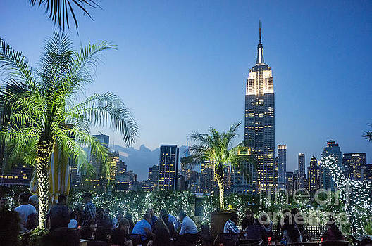 New York 230 Fith Rooftop Bar  by Juergen Held