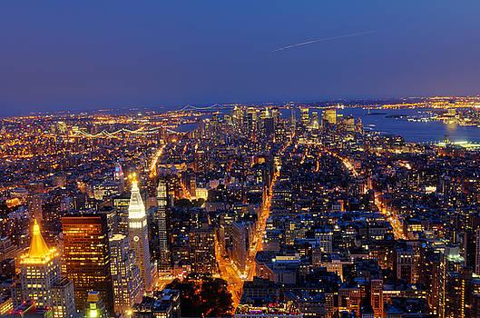 Oscar Gutierrez - New York City at night 2