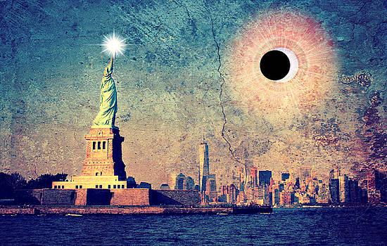 New York City Solar Eclipse 2017  by Aurelio Zucco
