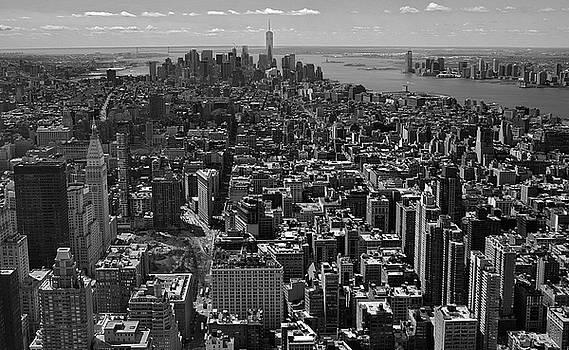 Manhattan Cityscape by Gregory Varano
