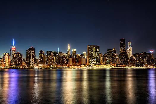 New York City Skyline by Rafael Quirindongo