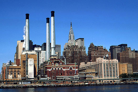 Art America Gallery Peter Potter - New York Mid Manhattan Skyline