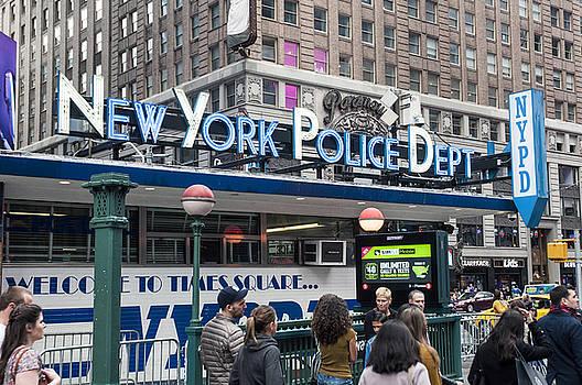 New York's Finest by Allen Carroll