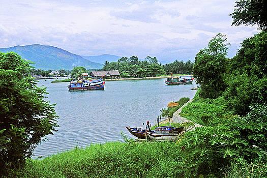 Nha Trang,V ietnam by Rich Walter