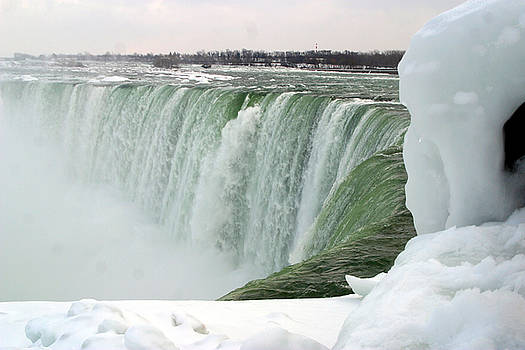 Anthony Jones - Niagara Falls 2