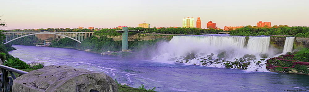 Simply Photos - Niagara Falls at Dusk