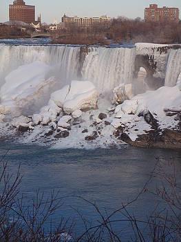 Niagra Falls  by Theodora Dimitrijevic