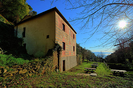 Enrico Pelos - NIASCA HERMITAGE II Portofino Park Passeggiate A Levante