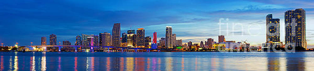 Night falls over Miami by Corne Van Oosterhout