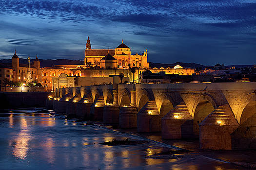Reimar Gaertner - Night lights on Roman Bridge over the Guadalquivir River with Ep