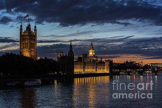 Night Parliament and Big Ben by Mike Reid