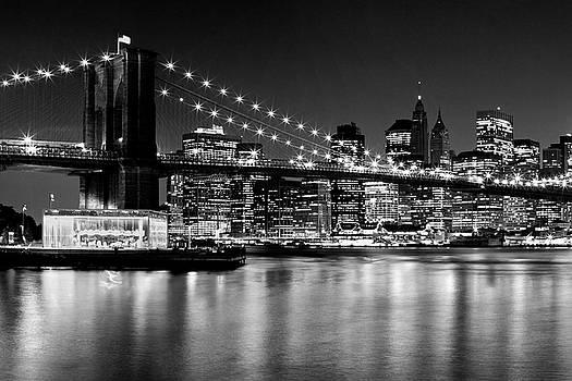 Night Skyline MANHATTAN Brooklyn Bridge - Monochrome by Melanie Viola