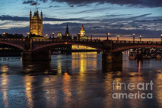 Night Thames Mood by Mike Reid